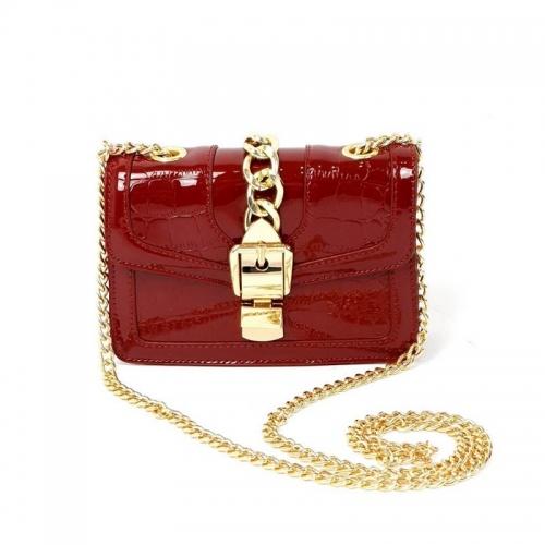 Красная сумка-клатч женская