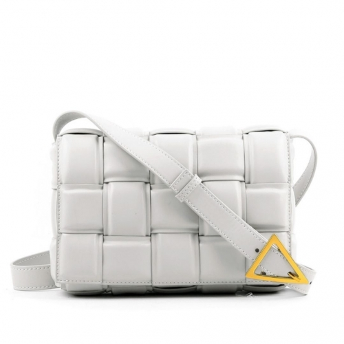 Плетеная сумка на плечо